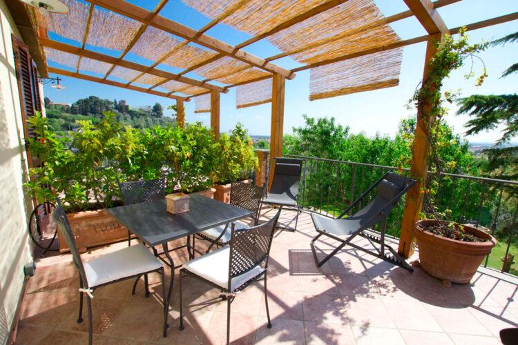 Appartamento con terrazza agriturismo