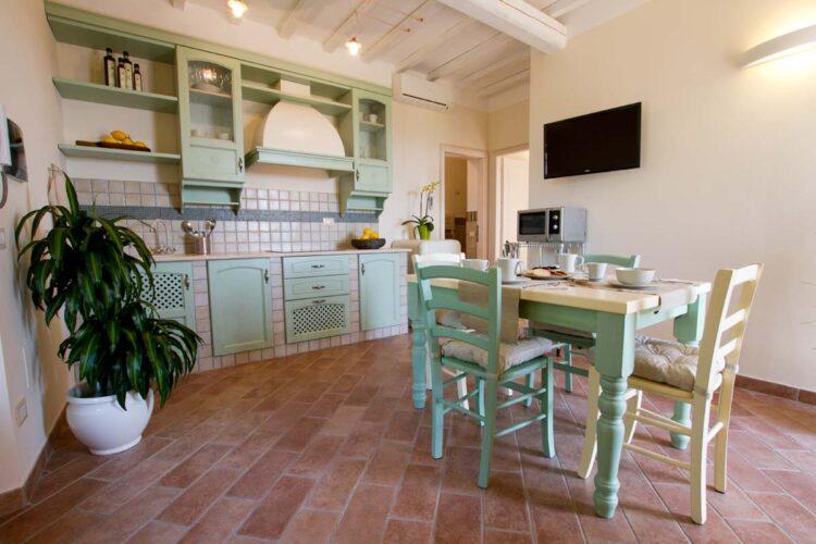 Appartamento con cucina in casa vacanze